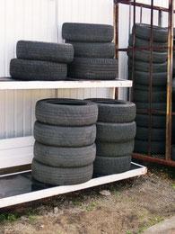 タイヤ保管悪い例