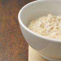 Müsli mit Apfel-Zimt-Geschmack von Proweightless aufbereitet in der Schale