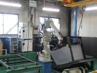 ・7軸シンクロフィードロボット溶接機