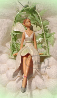 Hänger Angel Fairy White Green Leaf Gisela Graham