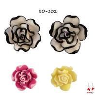 boucles d'oreilles roses en rèsine trois couleurs