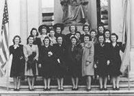 Украинские активистки в Брайт-Парк Нью-Йорка , 1942 г.