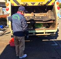 厚木市廃棄物処理業協同組合が事業系ゴミの回収の様子