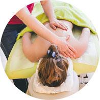 Rückenmassage in der Praxis für Naturheilkunde Moni Näf in Muri, Freiamt