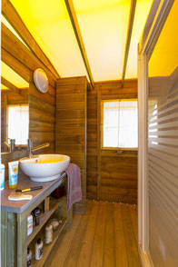 Ecolodge 5 personnes avec salle de bain et cuisine 2 chambres ( photo non contractuelle)