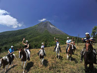 Combo: Arenal 1968 + Cañones or Horseback Riding + Termales Los Lagos