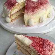 eifachfein-Raffaello-Torte_Himbeeren.jpg