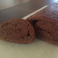 eifachfein-Biskuitroulade-mit_Schokolade-mit-Konfitüre-mit_Füllung_glutenfrei.jpg
