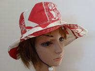 chapeau toile enduite rouge et blanc