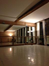 Salle du cours de kundalini yoga du Lundi soir Lyon 2