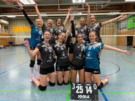 Volleyballteam Damen-2 nach Heimsieg gegen TB Osterfeld