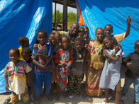 Schulkinder der DYARAMA SCHULE Taayaki