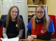 Unsere Bufdis: Links Shannon Dahedl und rechts Bianca Stolcz