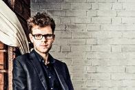 """Jakob Encke, einer der """"Jungen Solisten"""" im Frühjahr 2010, heute Mitglied des  vision string quartet"""