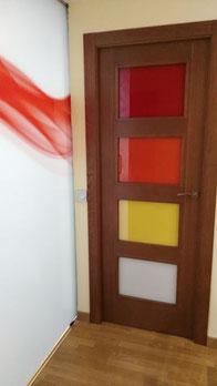 Vidrios lacados Lacobel en puerta en Cristalería VIDRIOTEC (Murcia)