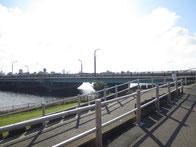 近所の中川
