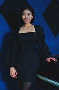Professioneller Klavierunterricht in Hannover-Kleefeld für Kinder und Erwachsene - Klavierunterricht in Hannover-Kleefeld bei Konzertpianistin Maya Ando
