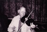フィドル奏者 バイオリン