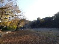 会場の河原