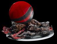 Sculpture, céramique Raku, bois flotté, rouge,