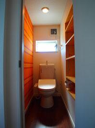 タータンチェックのトイレ