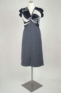 Sommerkleid #Kleid Jersey Knotenausschnitt bequem elegant Mustermix Spitzenrücken Materialmix