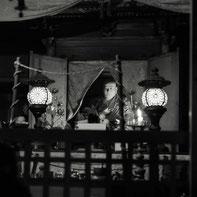 妙法山の弘法大師坐像