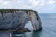 Bild: Klippen von Ètretat in der Normandie