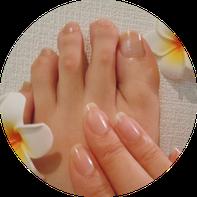 手と足のネイルケアイメージ