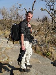 Mit 12kg Fotohardware in der Serengeti unterwegs (Tanzania, 2010)