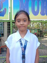 マリーさん(12歳) マガプイ小学校