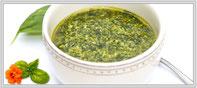 Zum Rezept für hausgemachtes Basilikum-Pesto