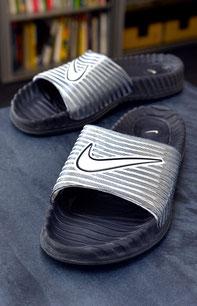 Nike statt Adidas. Nicht viel besser.
