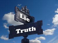 Foto Wahrheit Lüge Ticket-Onlinekauf