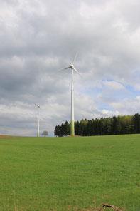 Windrad bei Erdingen (hu)