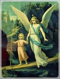 Schutzengel mit Kind auf schmalem Steg