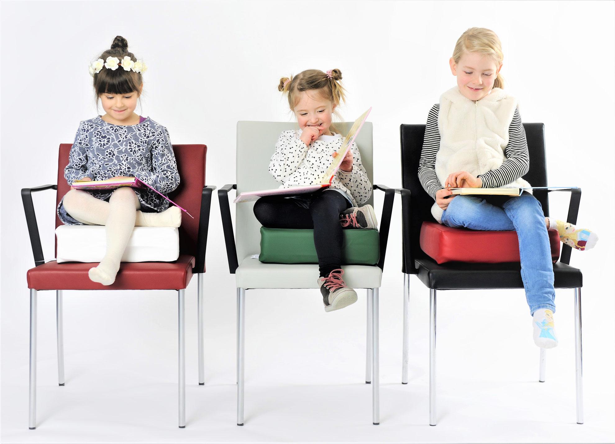 Sitzerhöhung Für Kinder.Speziell Für Kleinkinder Ab 2 Jahren Barfuss