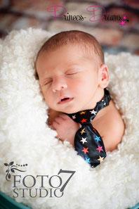 Neugeborenen Outfit Weihnachten X-Mas Santa Claus Set Outfit Haarband Mütze Hose Kleid Stirnband Weihnachtsoutfit Weihnachtsset Baby Neugeborene Newborn Prop Requisiten Krawatte Fliege Haarband