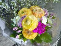 ギフト・花・お祝い・記念日 ラナンキュラスを使った爽やかな花束