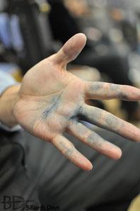 A・リニングの手はチョークで青かった。2009全日本選手権