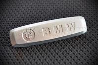 Шильдик BMW монохром