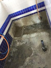 在来浴室(タイル浴室)解体撤去後