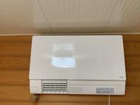 TOTO 洗面所 暖房機