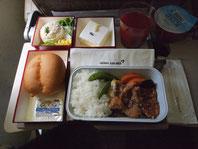 成田発の機内食