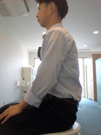 体の歪みで腰痛の奈良県大和高田市の男性