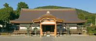 西本願寺のお墓「大谷本廟」
