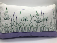 Gräserwiese mit Lavendel