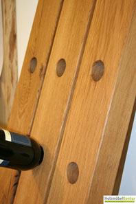 Weinregal Bordeaux mit Weinflasche. Regale in Eiche im holzmoebelkontor.de.