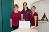 Elisabeth Ruhland, Stephanie Mauerer und Heike Meixner (von links) freuen sich über die vielen positiven Einträge ins Gästebuch.