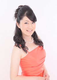 佐々木杏子(ピアノ)
